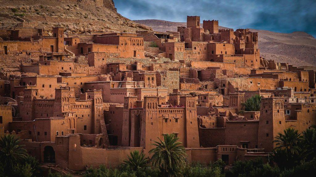 Tim Mackintosh Smith talks on his lifetime love of Arabic language and culture.